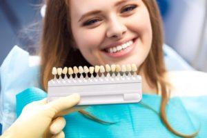 تلبيس الاسنان بالخزف